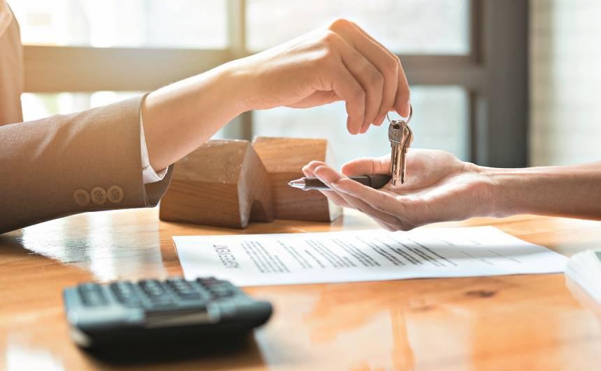 Kas jāņem vērā, ja gribi <strong>pirkt vai pārdot māju?</strong>
