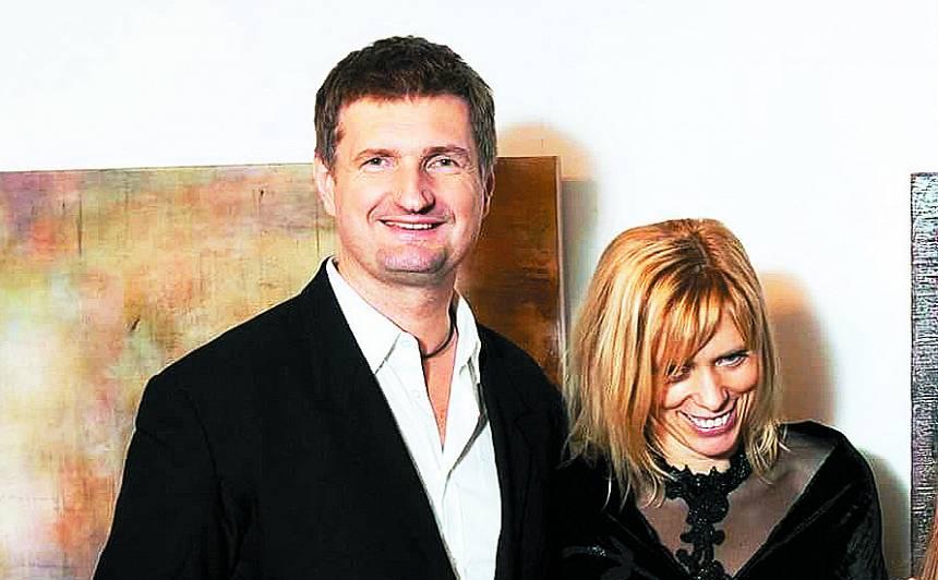 Ēriks Stendzenieks ar sievu Gitu.