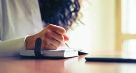 <strong>Dienasgrāmatas rakstīšana</strong> kā psihoterapija