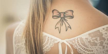 <em>Laulības uz mūžu</em> — <strong>tu un tavs tetovējums</strong>