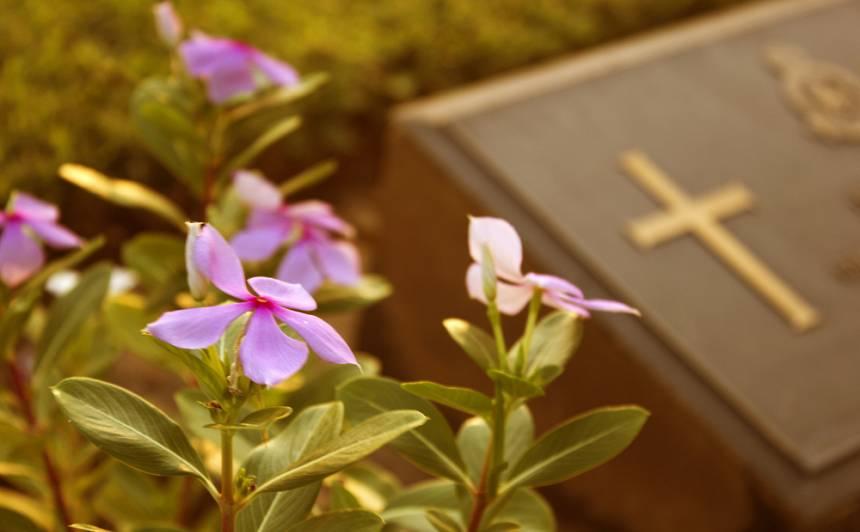 Pavasara darbi <strong>kapsētā</strong>