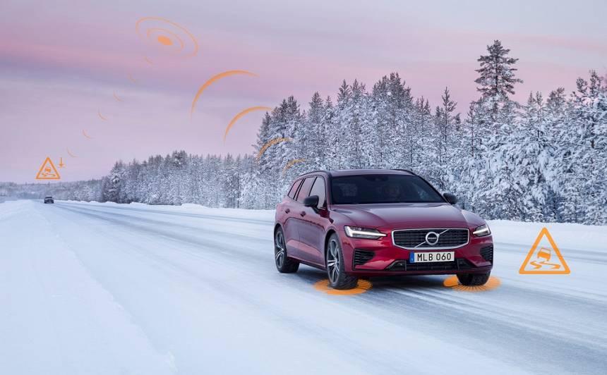 Jaunie Volvo modeļi brīdinās viens otru par <strong>slideniem ceļiem</strong> un citiem draudiem