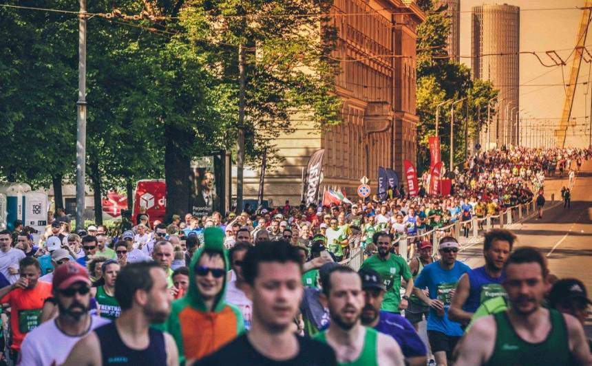NMPD: Šā gada maratonā <strong>uz slimnīcām nogādāts mazāk skrējēju</strong> nekā iepriekš