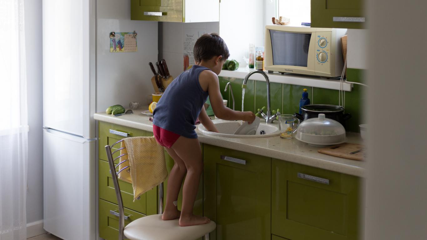<strong>Bērniem ir ne tikai tiesības,</strong> bet arī pienākumi. Kādi tie ir?