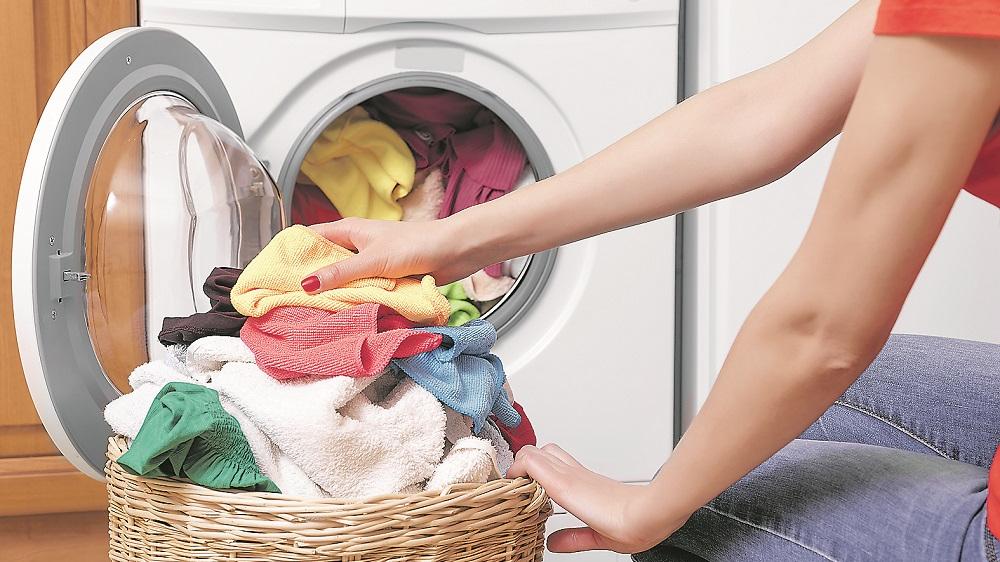 <strong>8 padomi</strong> drēbju mazgāšanā