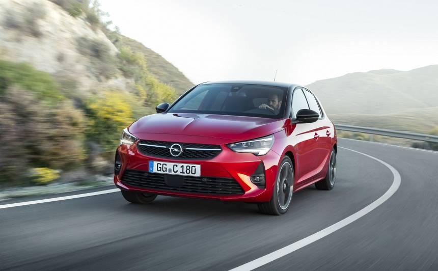 <strong><em>Opel</em> atklājis</strong> sestās paaudzes <em>Corsa</em> hečbeku