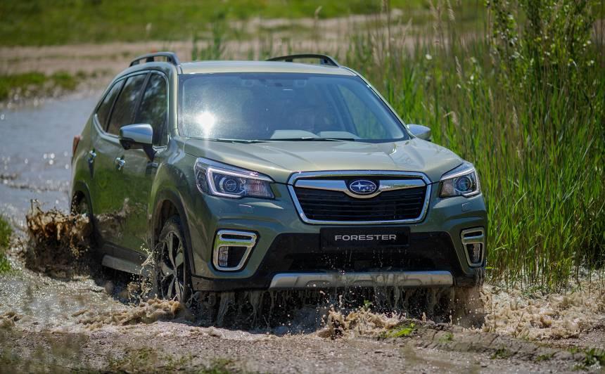 Testējam ārzemēs — <strong><em>Subaru Forester e-Boxer</em></strong>