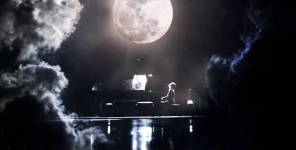 Pasakains video: Andrejs Osokins izpilda Kloda Debisī poētisko skaņdarbu <em>Mēnesgaisma</em>