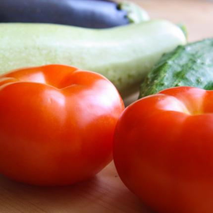 Kā ražas laikā <strong>ilgāk saglabāt svaigus</strong> tomātus, gurķus un kabačus