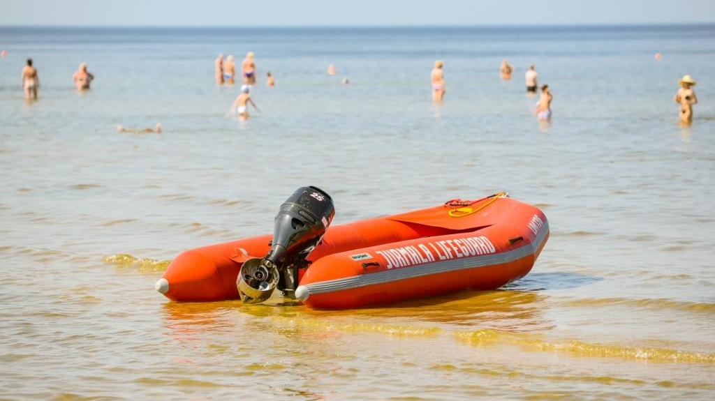 <strong>Glābēju padomi</strong> drošai atpūtai pie ūdens
