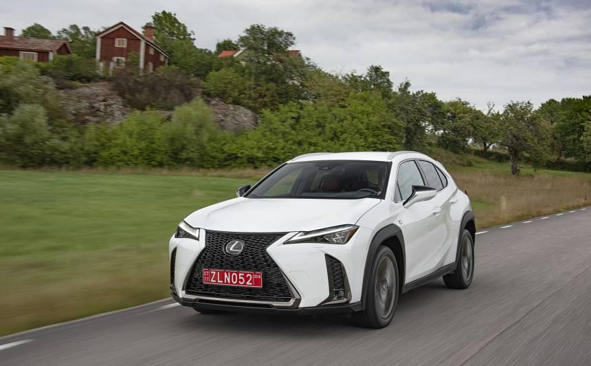 98% no pārdotajiem <strong><em>Lexus</em></strong> ir hibrīdauto
