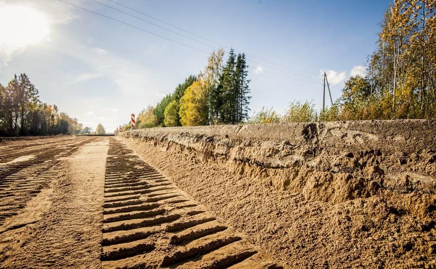 <strong>Pēdējais ERAF līdzfinansējums autoceļiem</strong> — sākušies būvdarbi uz Ventspils–Kuldīga šosejas