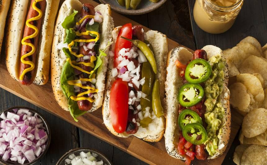 Svinam starptautisko Hotdogu dienu! <strong>2 kārdinošas receptes</strong>