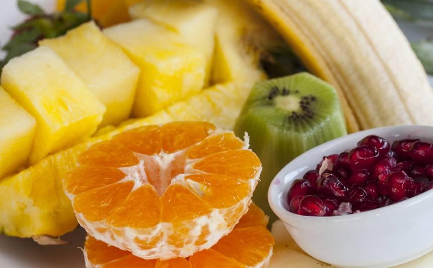 <strong>5 mīti par augļiem</strong> un to lietošanu uzturā