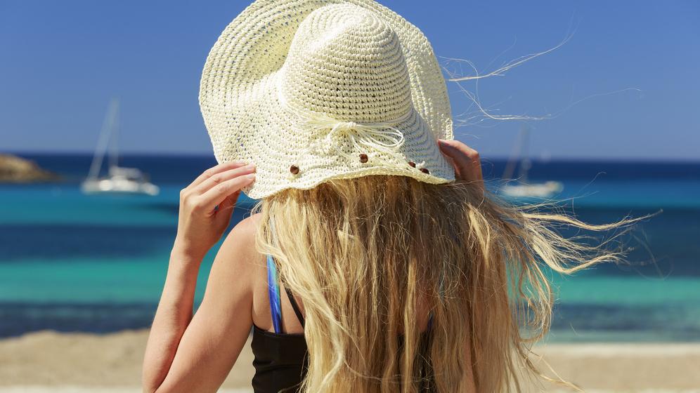Kā pasargāt matus <strong>no saules?</strong>