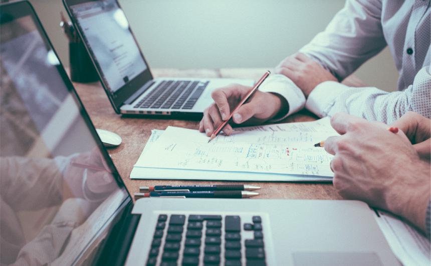 E-pakalpojumi var palīdzēt <strong><em>satikties</em> darba devējiem un darba ņēmējiem</strong>