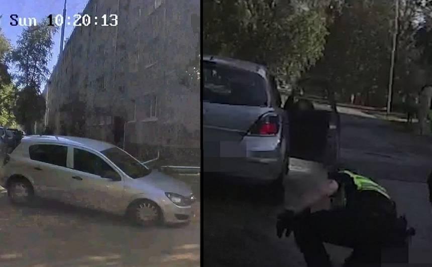 VIDEO: Bolderājā agresīvs autovadītājs uzbrauc policistam un <strong>aizbēg no 5 ekipāžām</strong>