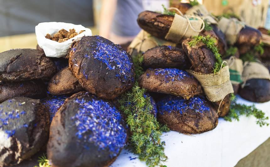 <strong>Latvijas novadu ēdienu garšas</strong> krāšņās fotogrāfijās