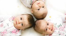 Aizvadītās nedēļas nogalē Stradiņa slimnīcā piedzimuši šī gada <strong>pirmie trīnīši</strong>