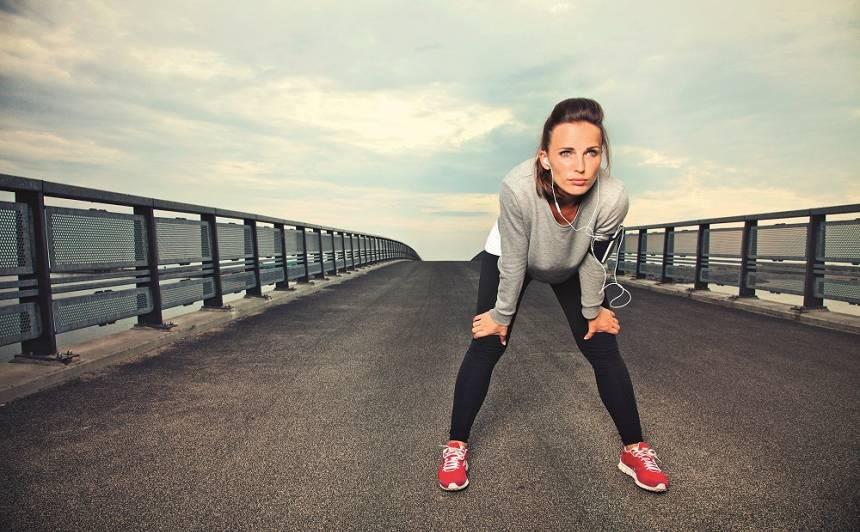 Noderīgi padomi, kā <strong>saglabāt skaistumu arī skrējiena laikā</strong>