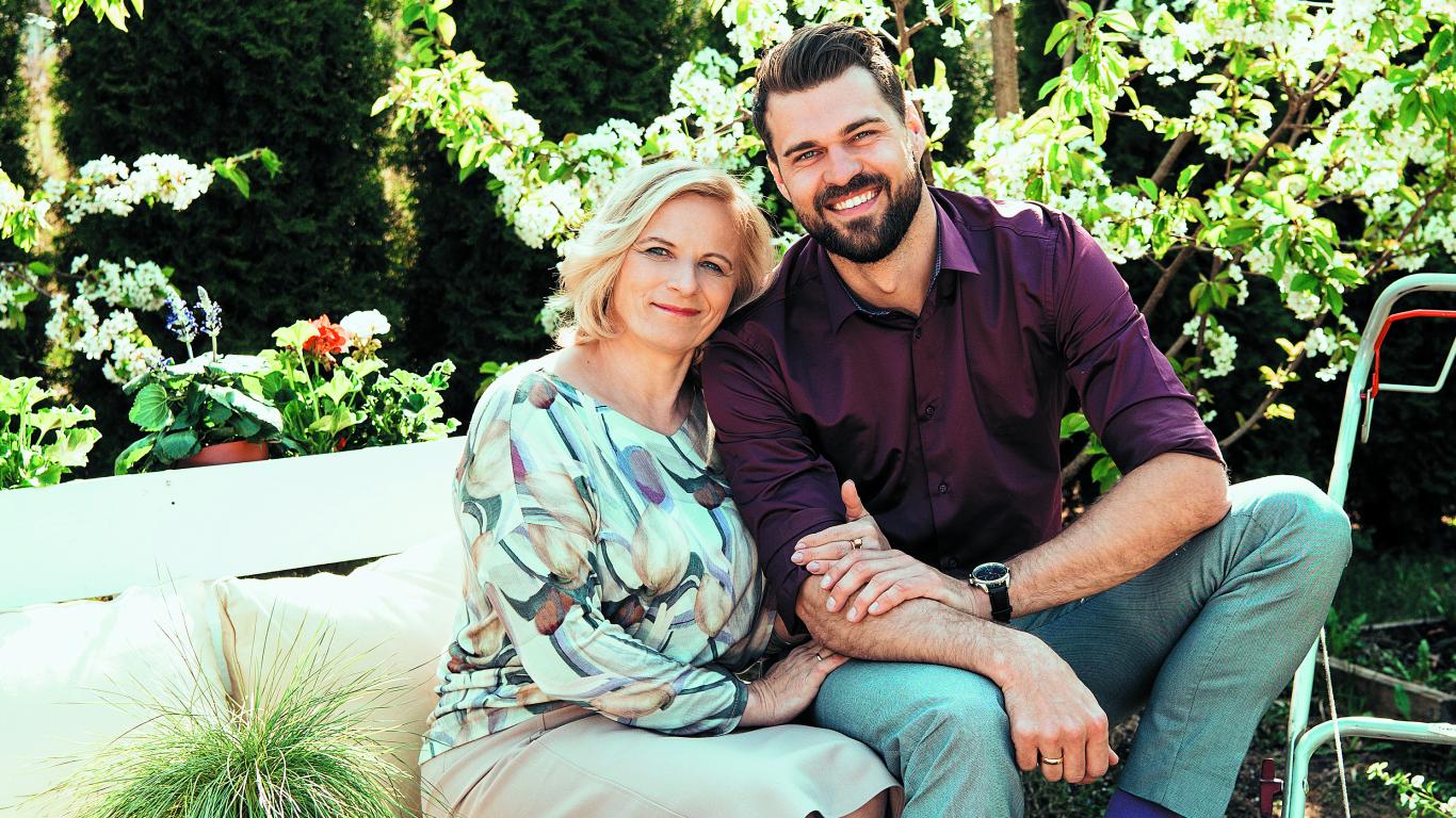 Kā izaudzināt dēlu par foršu vīrieti? <strong>TV personības Aivja Ceriņa mammas stāsts</strong>
