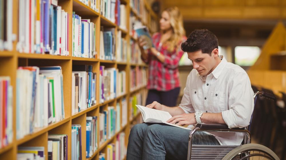 <strong>Asistents būs pieejams</strong> arī augstskolās studējošajiem ar invaliditāti