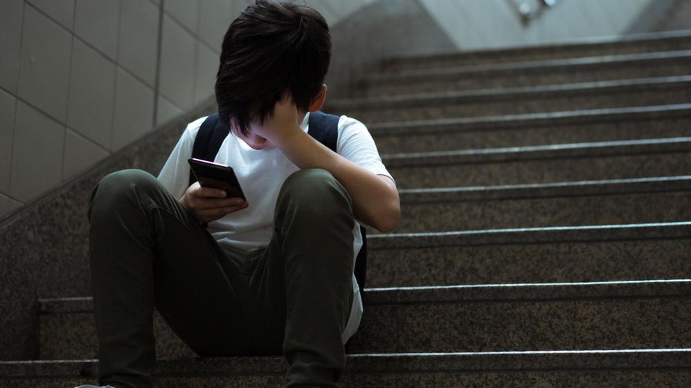 VTBAI atsāk <strong>uzticības tālruņa 116111</strong> akciju ciklu <em>Atpakaļ uz skolu!</em>