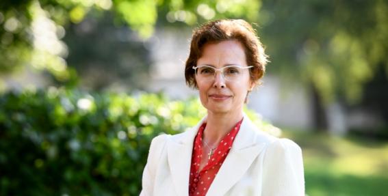 <strong>Negribētu, lai man publiski paslīd kāja</strong> — saruna pie kafijas tases ar jauno prezidenta kundzi Andru Leviti