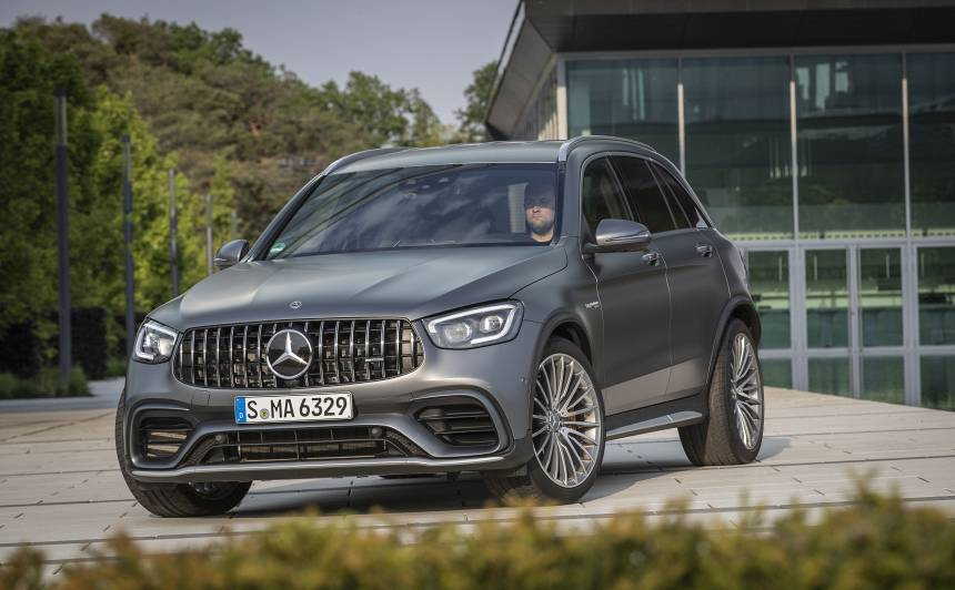 Latvijā ieradies <strong>jaunais <em>Mercedes-Benz GLC</em></strong>