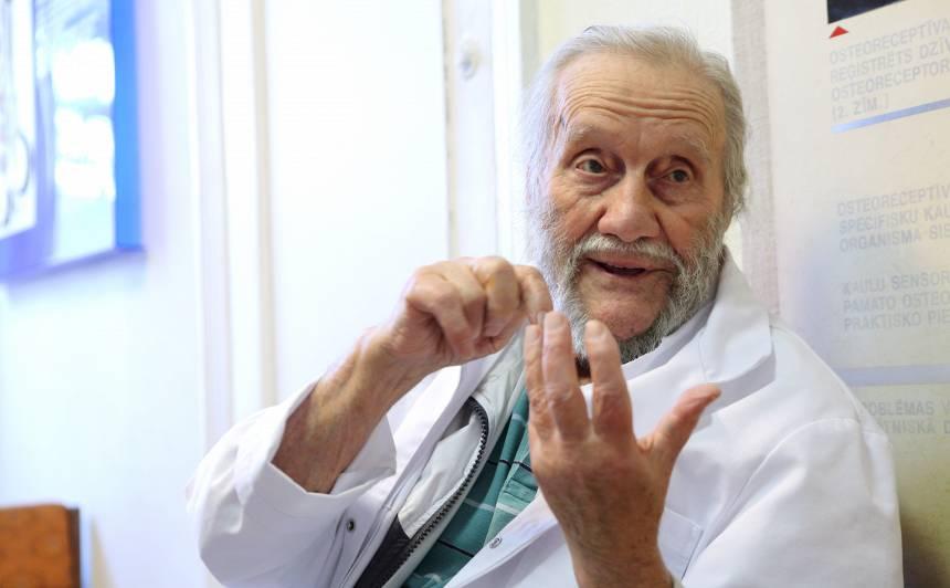 Profesors Georgs Jankovskis: <strong>cilvēks var nodzīvot simts gadus, ja vien rūpējas par savu veselību</strong>