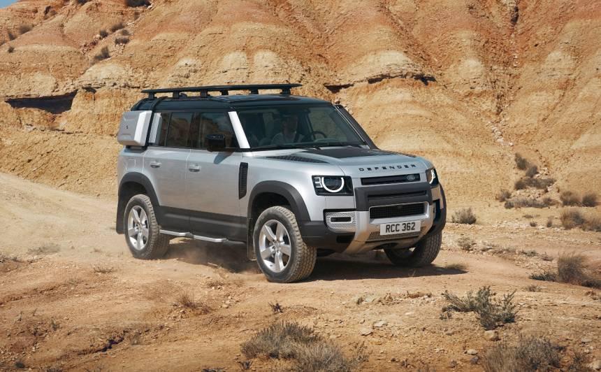 VIDEO: <strong><em>Land Rover</em></strong> prezentējis jauno <em>Defender</em>