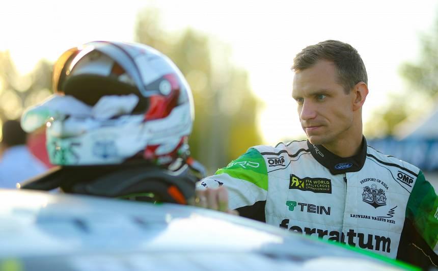 <strong><em>WorldRX</em> pilots Jānis Baumanis:</strong> Man patīk, ja ir ūdentiņš uz trases un logu tīrītāji strādā!