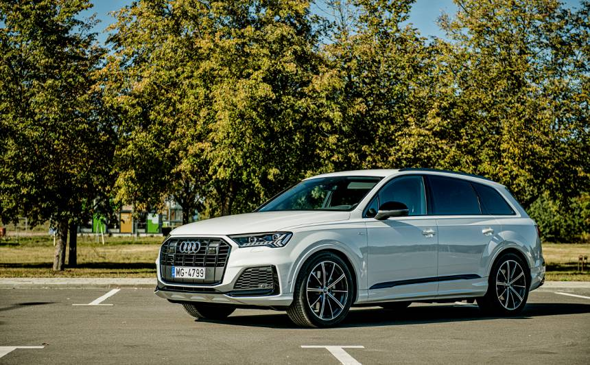 Uzlabotais <strong><em>Audi Q7</em></strong> pieejams Latvijā