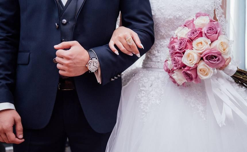 Vairums <strong>laulības līgumu</strong> tiek noslēgti īsi pēc kāzām