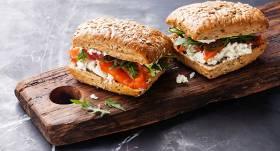 Gardam skolas launagam. <strong>23 sviestmaižu receptes dažādām gaumēm</strong>