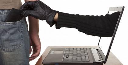 No Latvijas iedzīvotājiem šogad <strong>apšaubāmās virtuālās interneta platformās izkrāpti 460 000 eiro</strong>