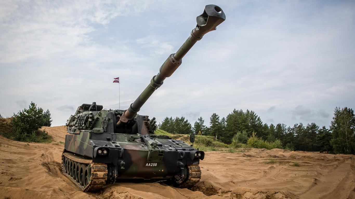 Latvija no Austrijas varētu <strong>iegādāties vēl papildu haubices</strong>
