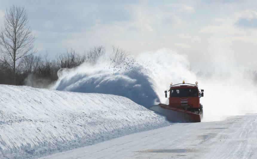 Autoceļu uzturēšanai ziemas sezonā sagatavotas <strong>26 000 tonnas sāls</strong>