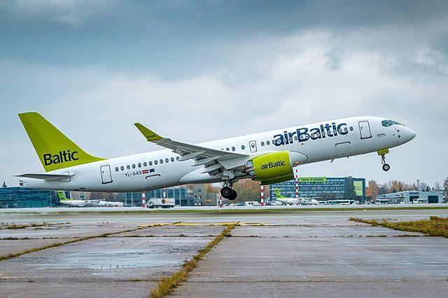 <em>airBaltic</em> <strong>Ziemassvētku brīvdienās</strong> piedāvā 14 papildu lidojumus