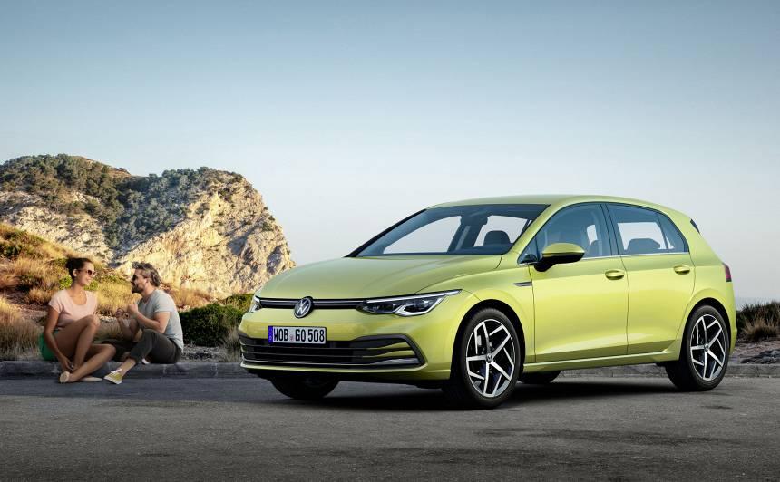 FOTO: <em>Volkswagen</em> iepazīstina ar <strong>jauno <em>Golf 8</em></strong>