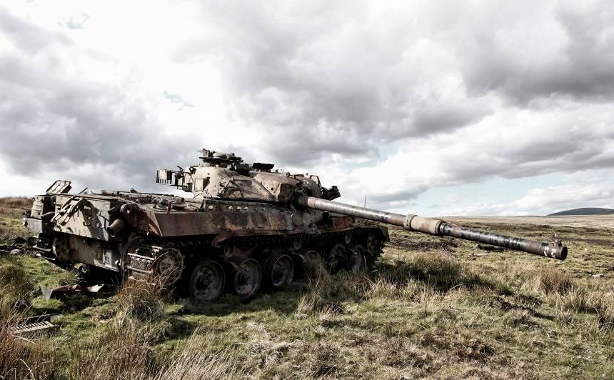 <strong>Ievērojami palielinās maksimālo naudas sodu</strong> par patvaļīgu iekļūšanu militārajos objektos