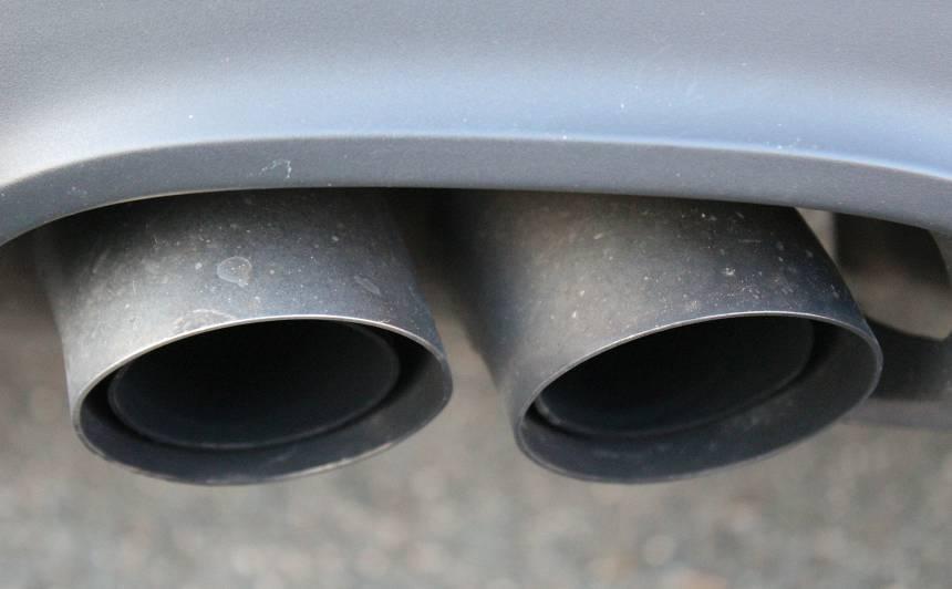 <strong>Vāc parakstus par tīra gaisa nodrošināšanu Rīgā,</strong> ierobežojot autotransportu