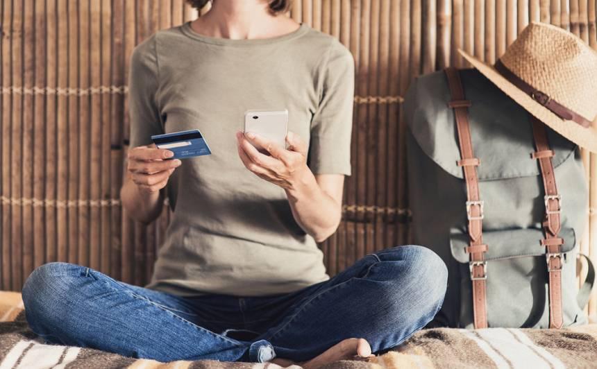 <strong>Ceļojumu kiberstress:</strong> Kā izvairīties no digitālajiem apdraudējumiem ceļojuma laikā?