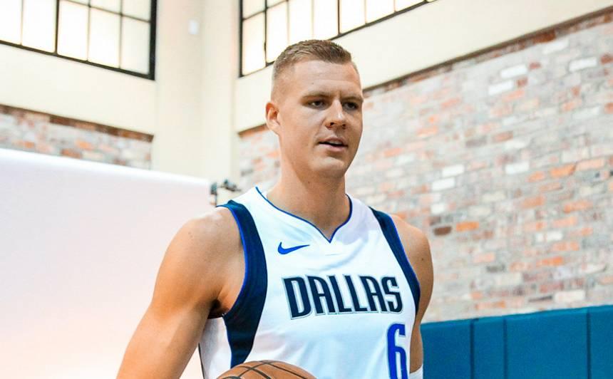 <strong>Porziņģis, Bertāns un Kurucs</strong> šonakt uzsāks jauno NBA sezonu — kādas ir mūsējo izredzes?