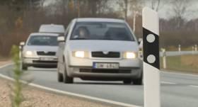 VIDEO: Latvijā uz autoceļiem ievieš tehnoloģiju, <strong>lai novērstu sadursmes ar dzīvniekiem</strong>