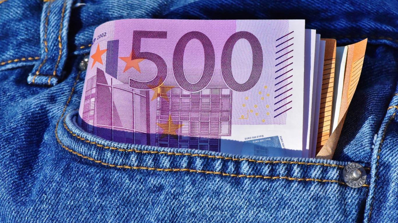 <strong>Valsts budžetā tiks ieskaitīti 29 miljoni eiro,</strong> ko tiesa atzinusi par noziedzīgi iegūtiem