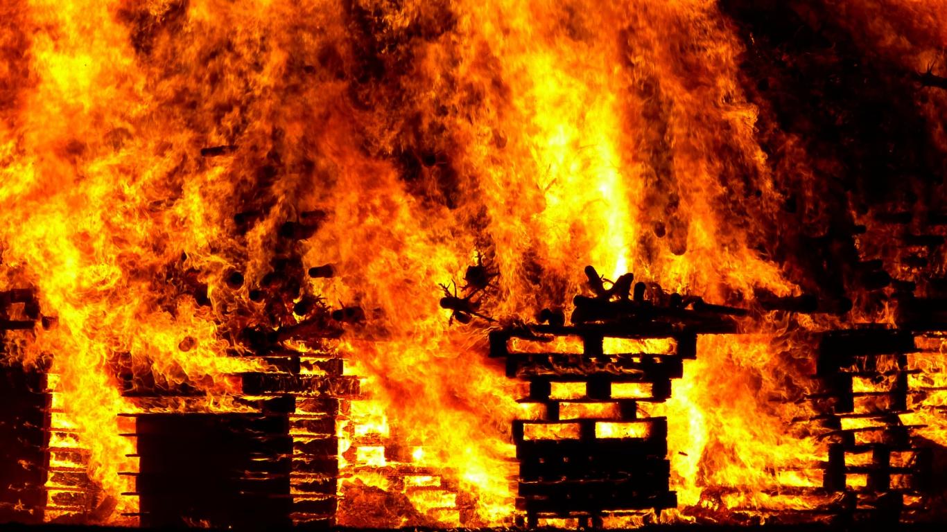 Kandavas novadā dzēsts <strong>paaugstinātas bīstamības ugunsgrēks viesu nama pirtī</strong>