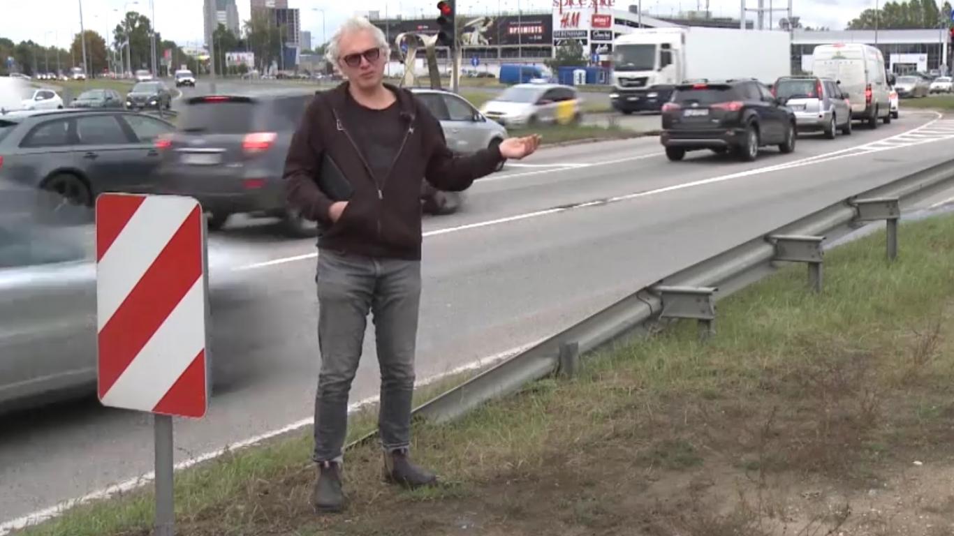 VIDEO: <strong>Rīgā uzstādīti moderni luksofori,</strong> mazinot sastrēgumus