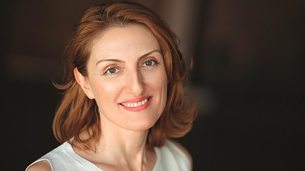 <strong>Āboli no debesīm</strong> – saruna ar armēņu rakstnieci Narinē Abgarjanu.