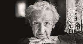 <strong>Alcheimera slimības</strong> anatomija — riski, ārstešanās un samierināšanās